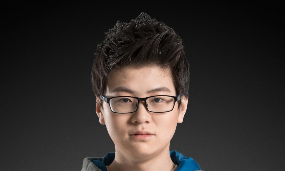 edg-tian-meiko-ye-headshot.jpg | LoL Esports